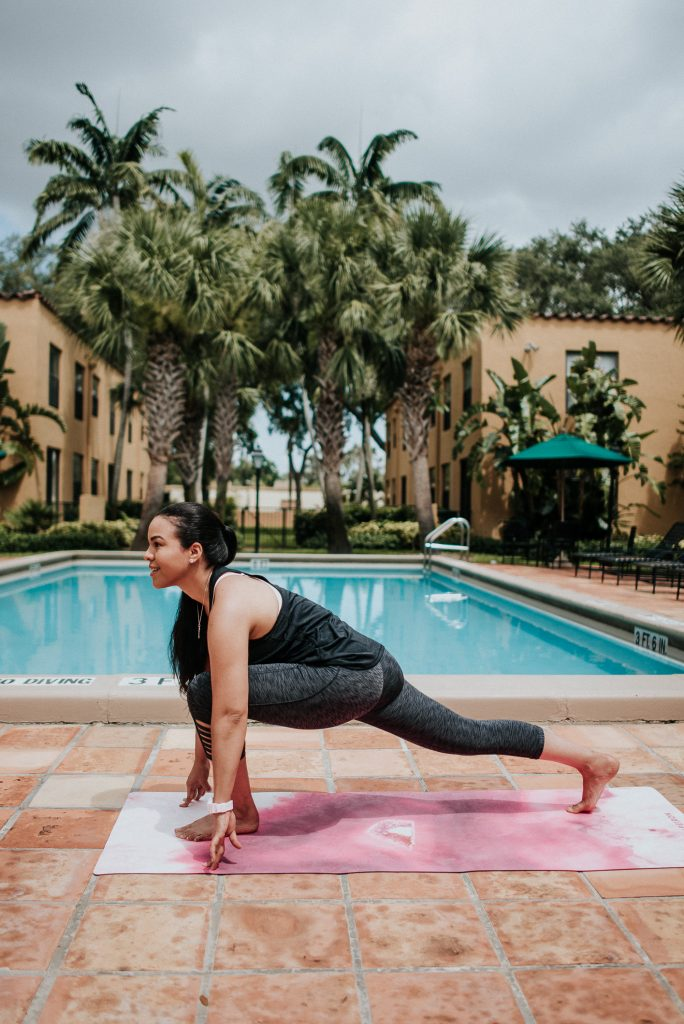 Yoga literally changed my life! It has so many benefits besides just getting your body in shape... from boosting your immune system, to help flushing out toxins from your body (detox), etc. Here are my fav 7 benefits!