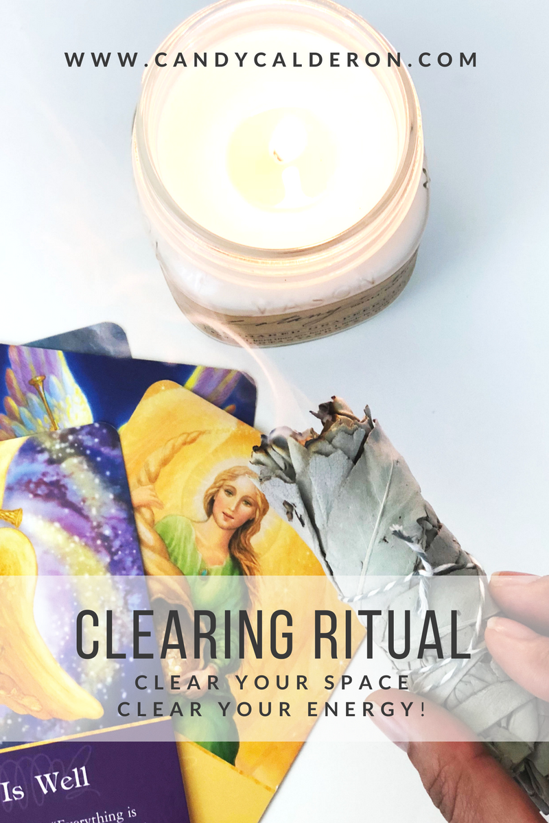It's always amazing to clear the energy and vibes around us, but no better time than the New years! This is my fav sage smudge clearing ritual, super easy!