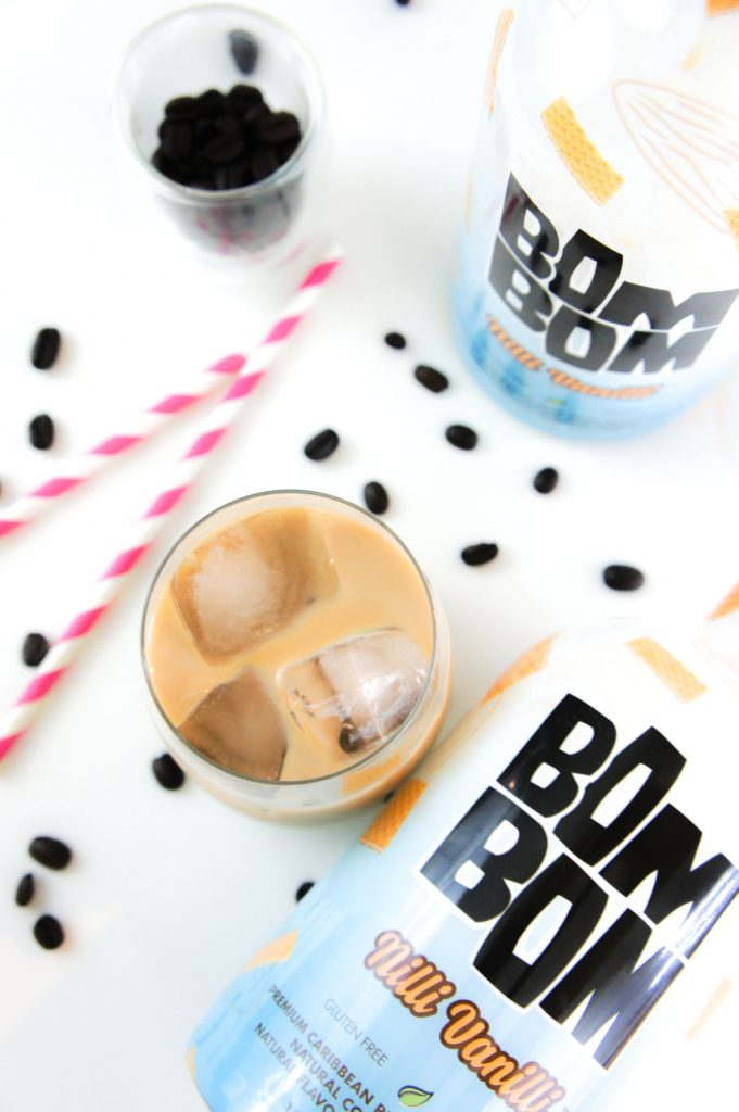 Name a better combo than coffee & vanilla? This guilt-free cocktail is perfect for a weekend meet up with your girls or your S/O!!!