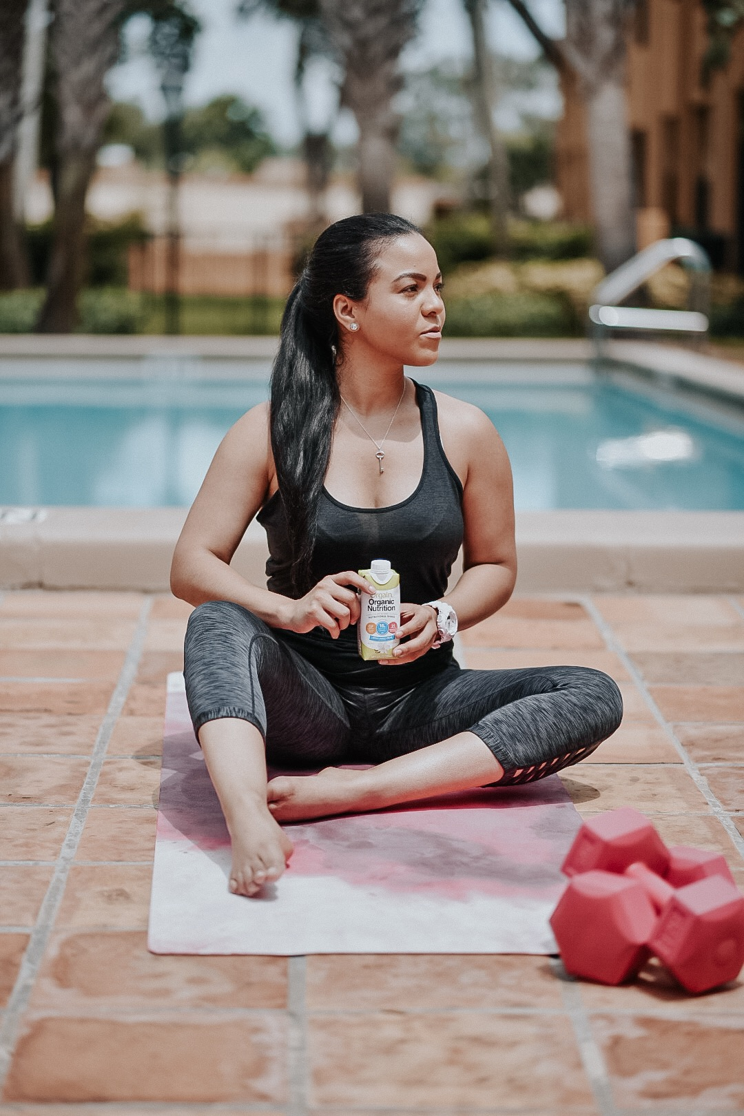 I'm always on-the-go, and after my workouts, I just need to give my body the right fuel! Here I'm sharing the nutritional shake I've been drinking after my workouts whenever I need to keep going!